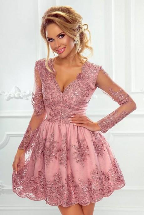 285b0b45f3c6 Amelia dress ružové - Luxusné spoločenské šaty